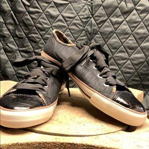 Brighton tennis shoes